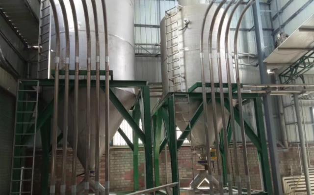 气力输送仓泵输送物料现场实拍图